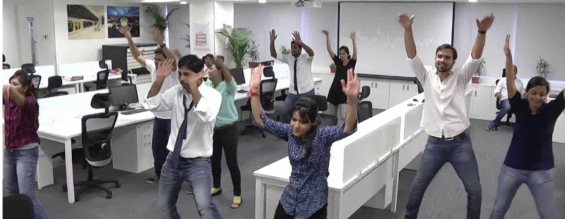 TEAM BUILDING flash mob en entreprise (1)