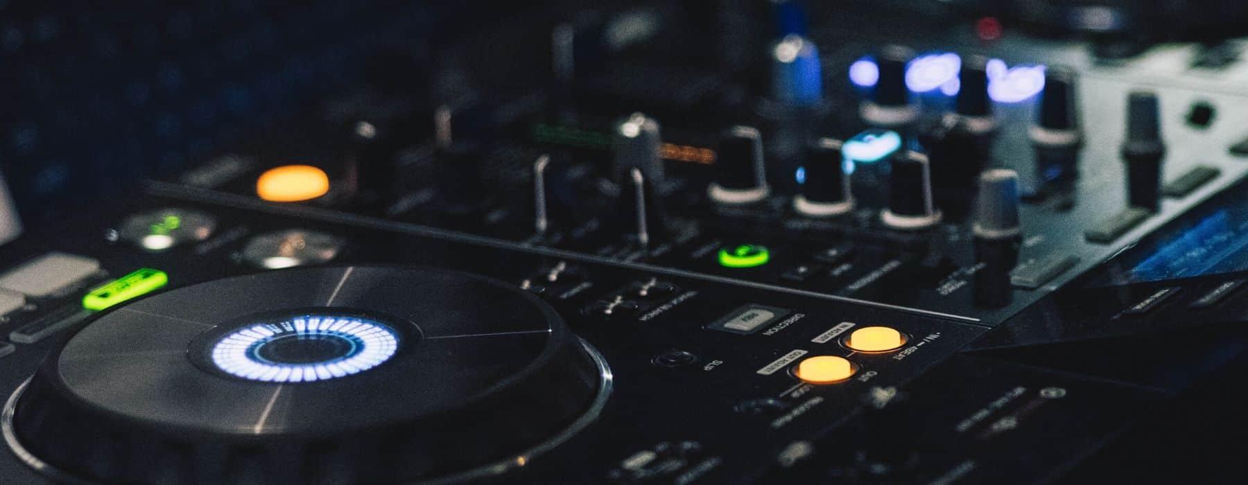 ANIMATION SOIRÉE DJ (2)